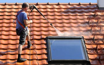 roof cleaning East Renfrewshire